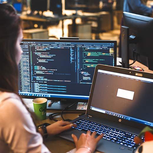 プログラミング用ノートパソコンはBTOがコスパ良くておすすめ